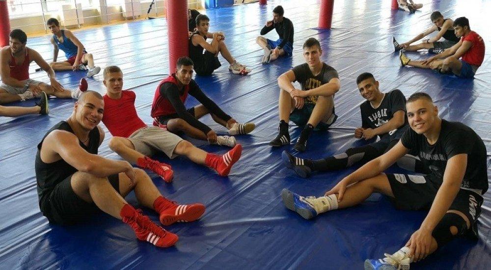 Oroszországban az ifi ökölvívó válogatott