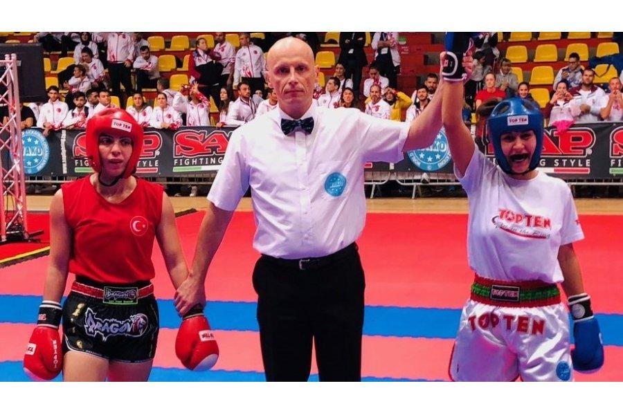 Kick-box Eb: nyolcan döntősök: Masters péntek