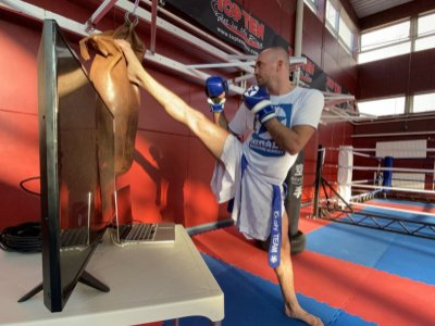 Online oktatja a kick-box világot Mórádi Zsolt