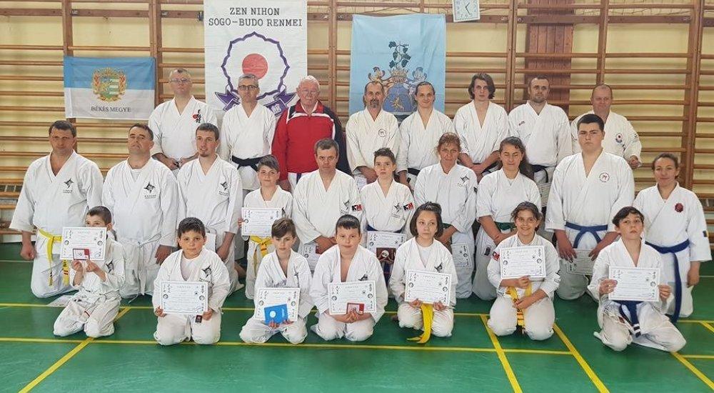 Sikeres nyílt karate szeminárium Békéscsabán