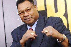 Holmes támogatja Tyson és Holyfield törekvéseit