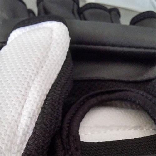 Taekwondo kesztyű, WTF, Wacoku, fehér/fekete, S méret