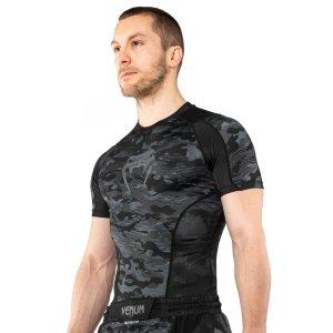 Rashguard, Venum, DEfender, long sleeeves, black-white
