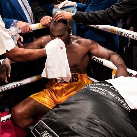 Élet-halál között a kiütött boxvilágbajnok