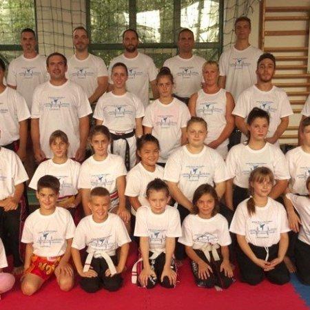 Válogatott kick-box formagyakorlat tábor Orosházán